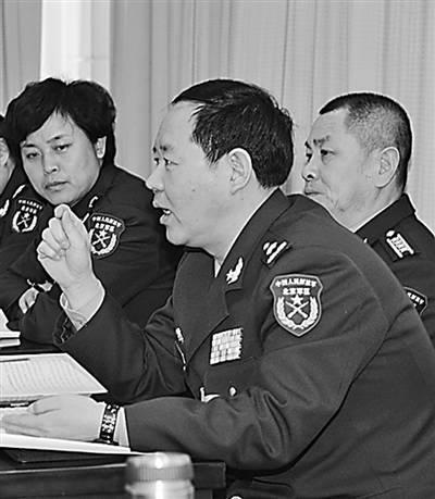 刘振立少将_刘振立接替许林平任38集团军军长(图\简历)_国内新闻_大众网